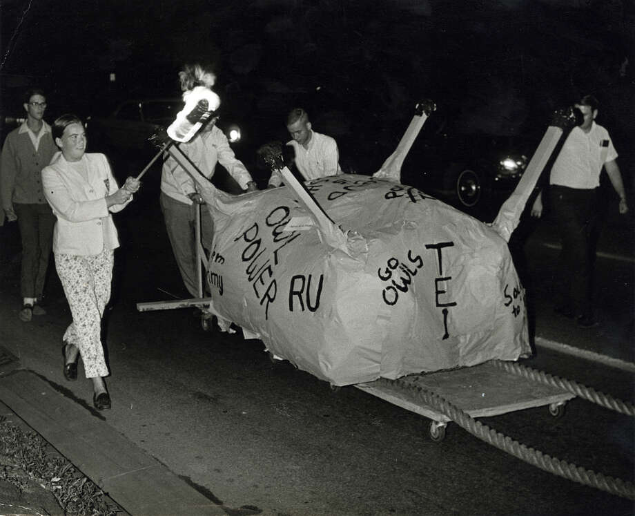A rally before the Rice Owl's football team played the Texas Longhorns in October of 1968. Photo: Houston Chronicle File Photo