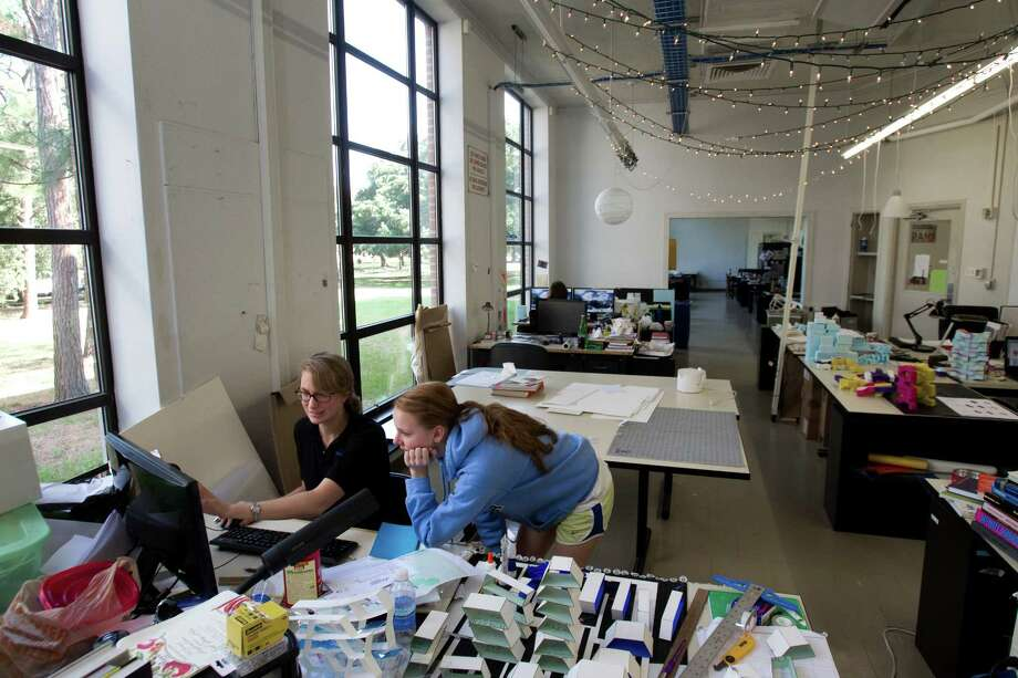 Senior architecture students Claire O'Connor, of Basking Ridge, N.J., left, and Mallory Botsford, of Cincinnati, work together on a project at Rice University Tuesday, Oct. 2, 2012, in Houston. Photo: Brett Coomer, Houston Chronicle / © 2012 Houston Chronicle