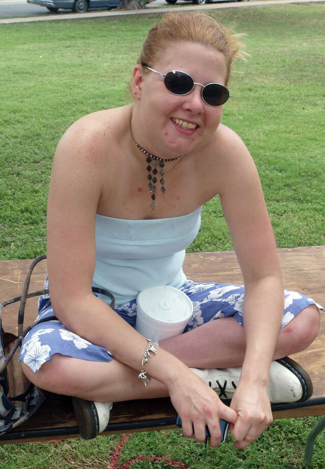 Erin Aloy enjoys Solar Fest at Maverick Park on May 2, 2009. Photo: San Antonio Express-News File Photo / Robert McLeroy