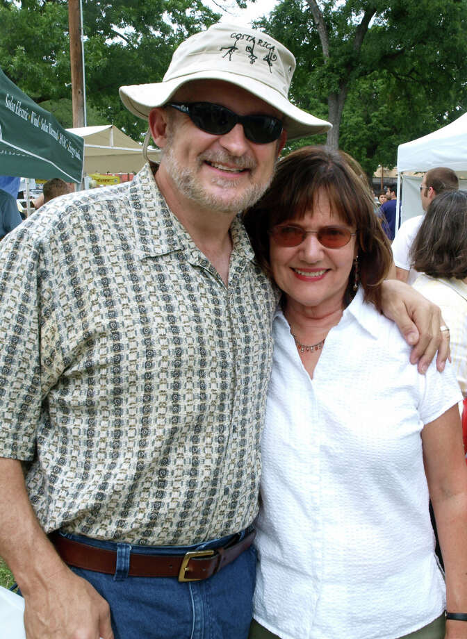 Tom and Kathleen Griffith enjoy Solar Fest at Maverick Park on May 2, 2009. Photo: San Antonio Express-News File Photo / Robert McLeroy