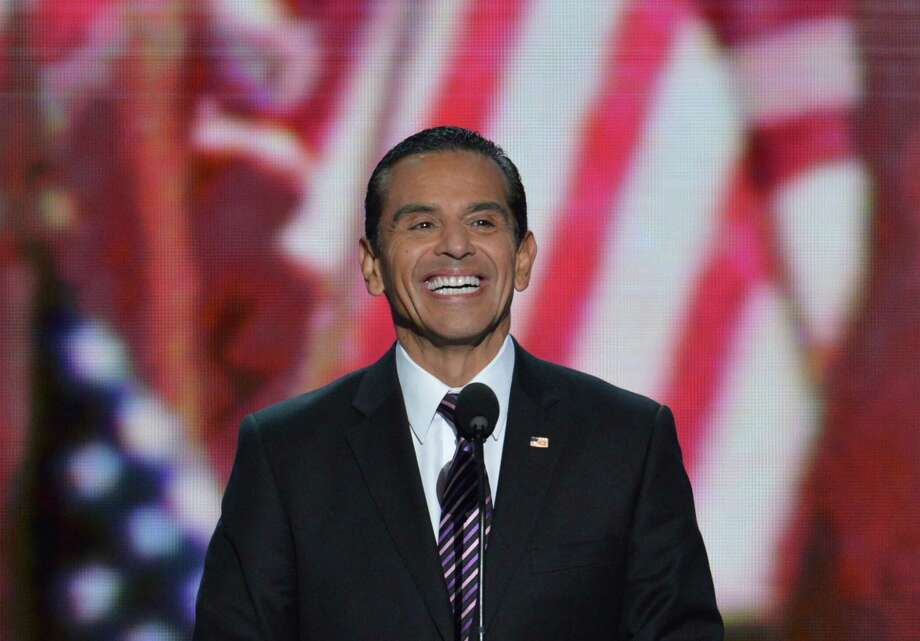 Los Angeles Mayor Antonio Villaraigosa seemed to revel in his role as Democratic Convention chair after gaveling open the party proceedings in Charlotte, N.C. Photo: STAN HONDA / AFP