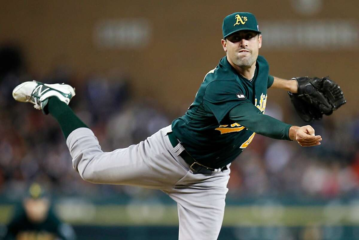 DETROIT, MI - OCTOBER 06: Pat Neshek #40 of the Oakland Athletics throws a pitch in the seveht inning against the Detroit Tigers during Game One of the American League Division Series at Comerica Park on October 6, 2012 in Detroit, Michigan. (Photo by Gregory Shamus/Getty Images)