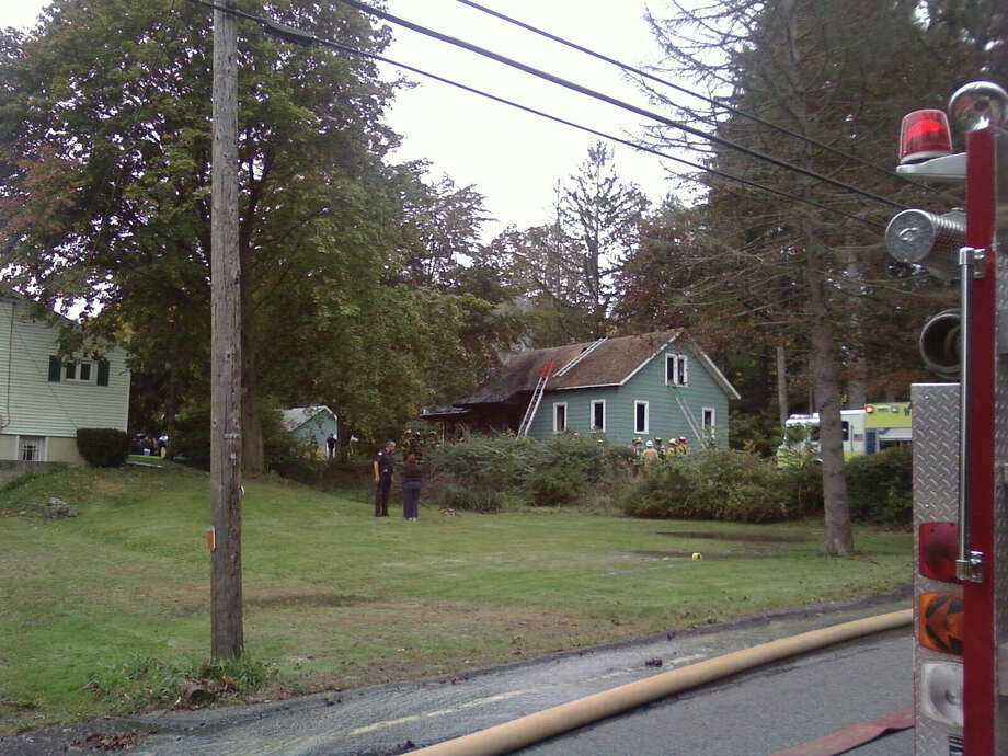 A house at 133 Hidley Road, Wynantskill, sustained heavy fire damage Sunday, Oct. 7, 2012. (Photo, Staff writer Lauren Stanforth) / Copyright.LG Electronics Inc.
