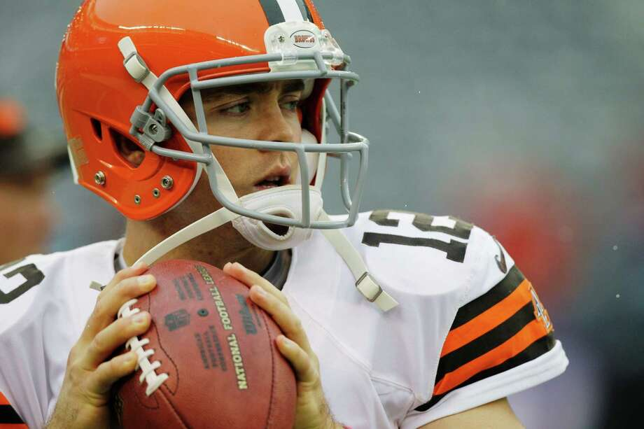 Cleveland Browns quarterback Colt McCoy warms up before an NFL football game between the New York Giants and the Cleveland Browns Sunday, Oct. 7, 2012, in East Rutherford, N.J. (AP Photo/Kathy Willens) Photo: Kathy Willens / AP