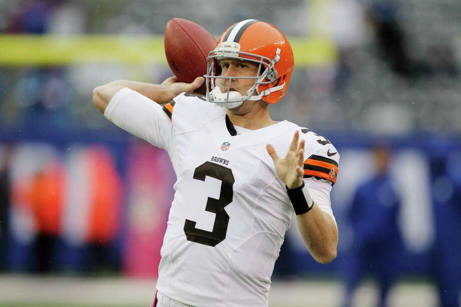 Cleveland Browns quarterback Brandon Weeden (3) warms up before an NFL football game between the New York Giants and the Cleveland Browns Sunday, Oct. 7, 2012, in East Rutherford, N.J. (AP Photo/Kathy Willens) Photo: Kathy Willens / AP