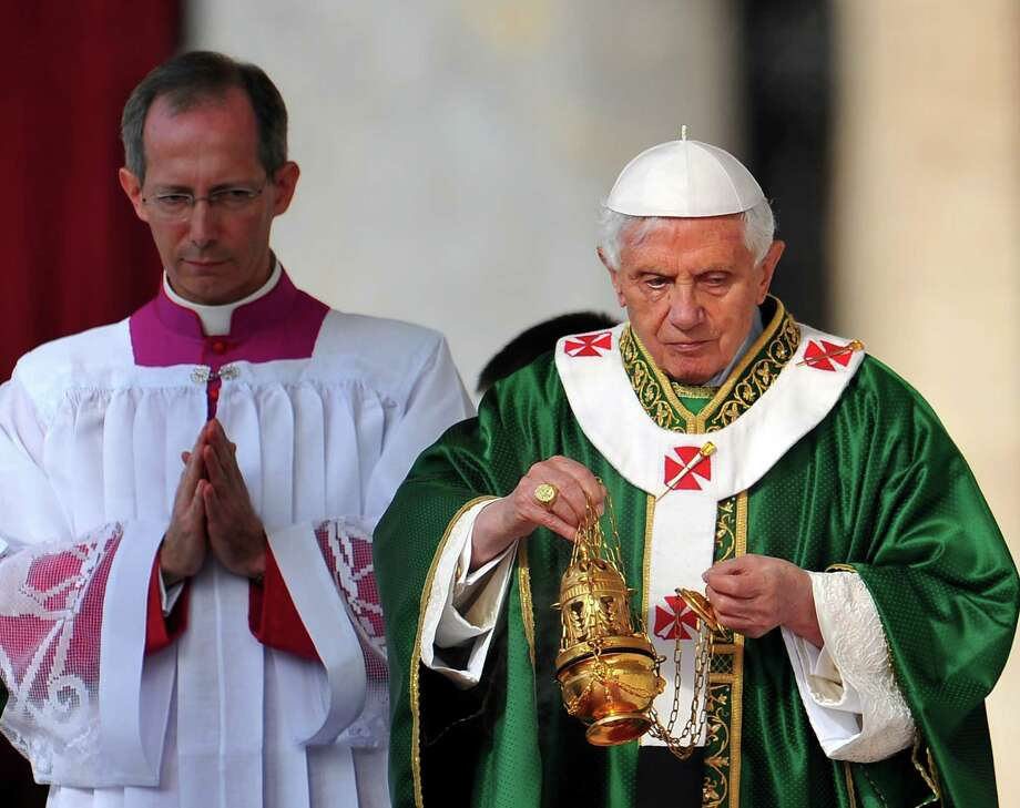 Pope Benedict XVI leads the mass of the opening of the Synod of bishops on October 7, 2012 at St Peter's square at the Vatican. Photo: TIZIANA FABI, AFP/Getty Images / AFP