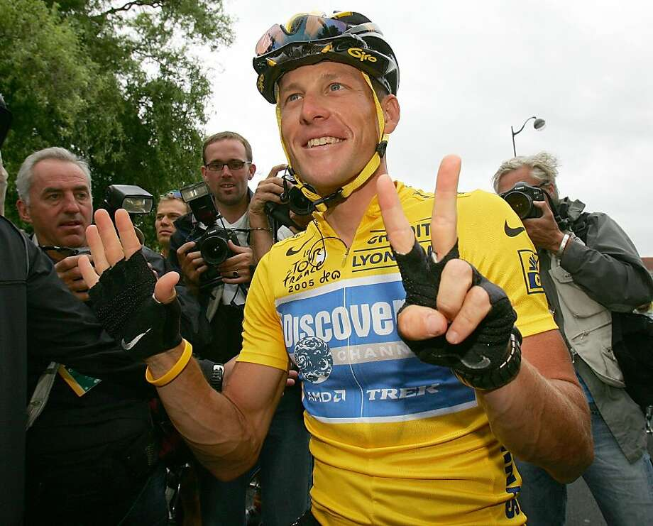 A log of 2009 Tour de France blood tests of Lance Armstrong - above, after his seventh Tour win in 2005 - indicates blood doping, according to an expert. Photo: Alessandro Trovati, Associated Press