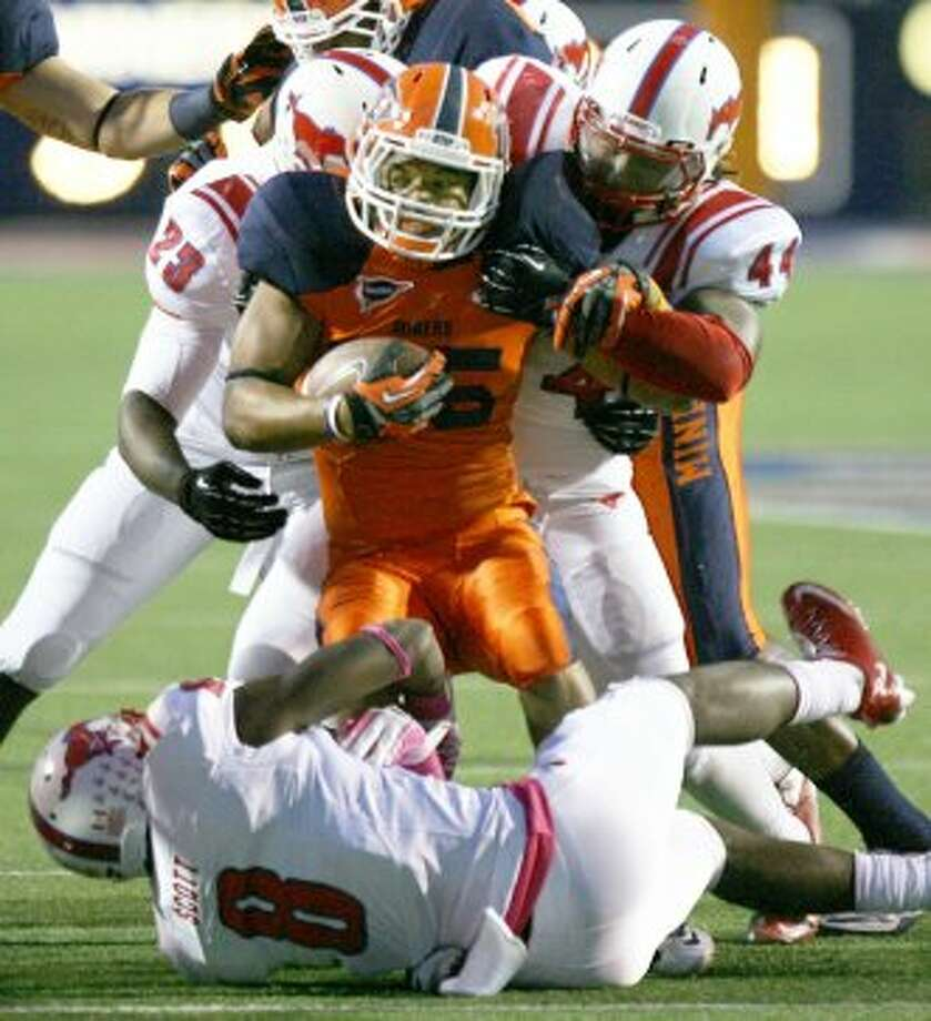10. UTEP (1-5,  next week @ Tulsa) — Mike Price endures his first shutout since 1984 as Miners stumble to their worst start in his Miner coaching tenure after SMU loss.(Victor Calzada/El Paso Times / Associated Press)