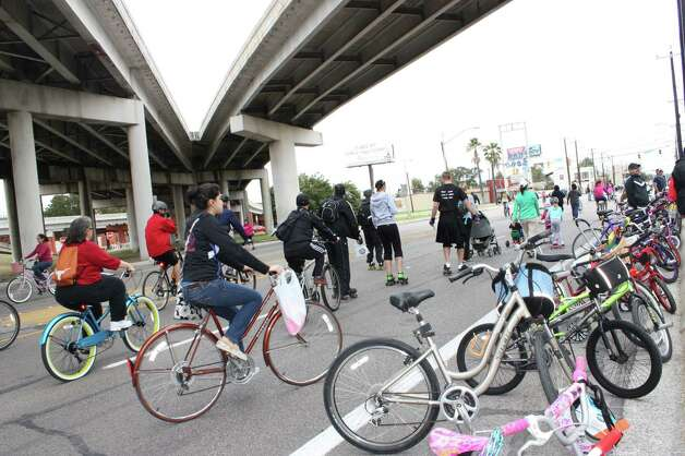 San Antonio held the third Síclovía event on Sunday. Photo: Yvonne Zamora/Express-News