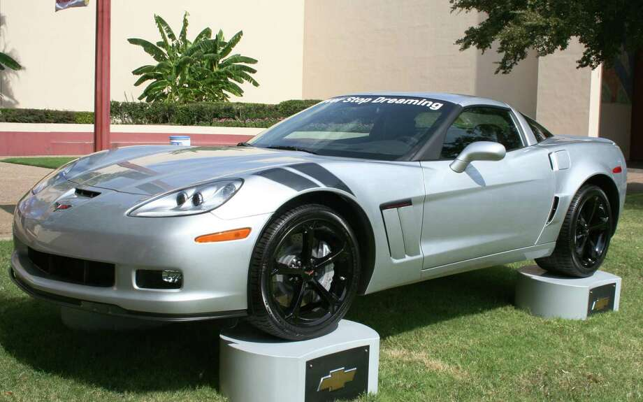 The 2012 Corvette Grand Sport is powered by a 6.2-liter LS3 V-8, delivering 430 horsepower. This coupe sports optional black aluminum wheels and front fender stripes.