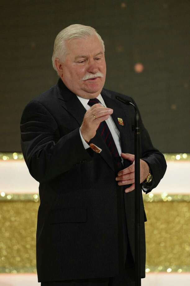 Former Polish President and 1983 Nobel Peace Prize winner Lech Walesa received an award during the Golden Hen (Goldene Henne) media prize awards ceremony on September 19, 2012 in Berlin.  Photo: JOHN MACDOUGALL, AFP/Getty Images / AFP