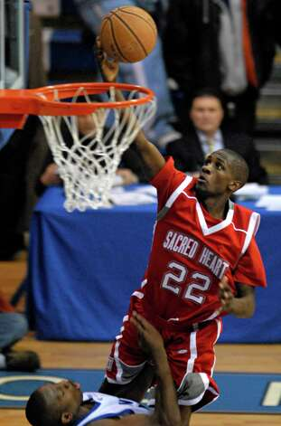 Sacred Heart University's Chauncey Hardy in action against Central Connecticut State University in the NEC Championship game March 7th, 2007. Hardy died Saturday, Oct. 8th, 2011 after repeated blows to the head after an incident at a Romanian bar. Hardy played for CSS Giurgiu in southern Romania and was celebrating a victory over rival Dinamo Bucharest in Giurgiu. Photo: File Photo/John Galayda