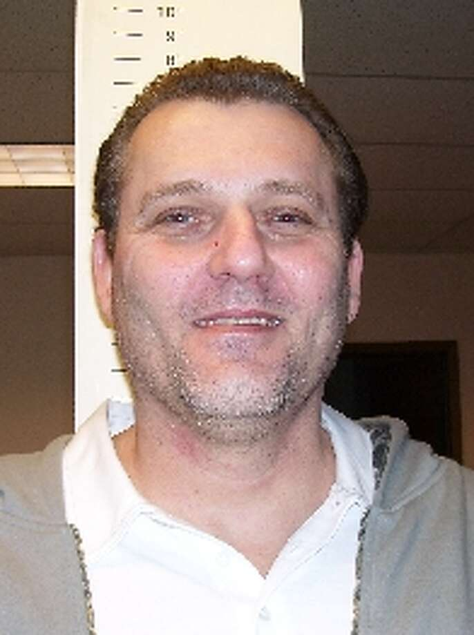 Donald Scholoff, 45, was previously convicted of robbery in King County. Anyone with information can contact the Department of Corrections at 866-359-1939 or by visiting doc.wa.gov. Photo: Department Of Corrections