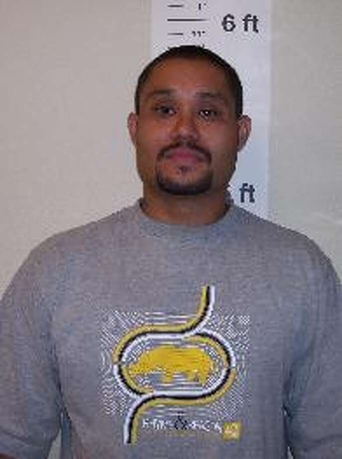 Michael A. Pena, 34, was previously convicted of drug offenses and failing to register as a sex offender in Walla Walla. He has ties to California, and is known as Boxer and Jessie Torres. Anyone with information can contact the Department of Corrections at 866-359-1939 or by visiting doc.wa.gov. Photo: Department Of Corrections