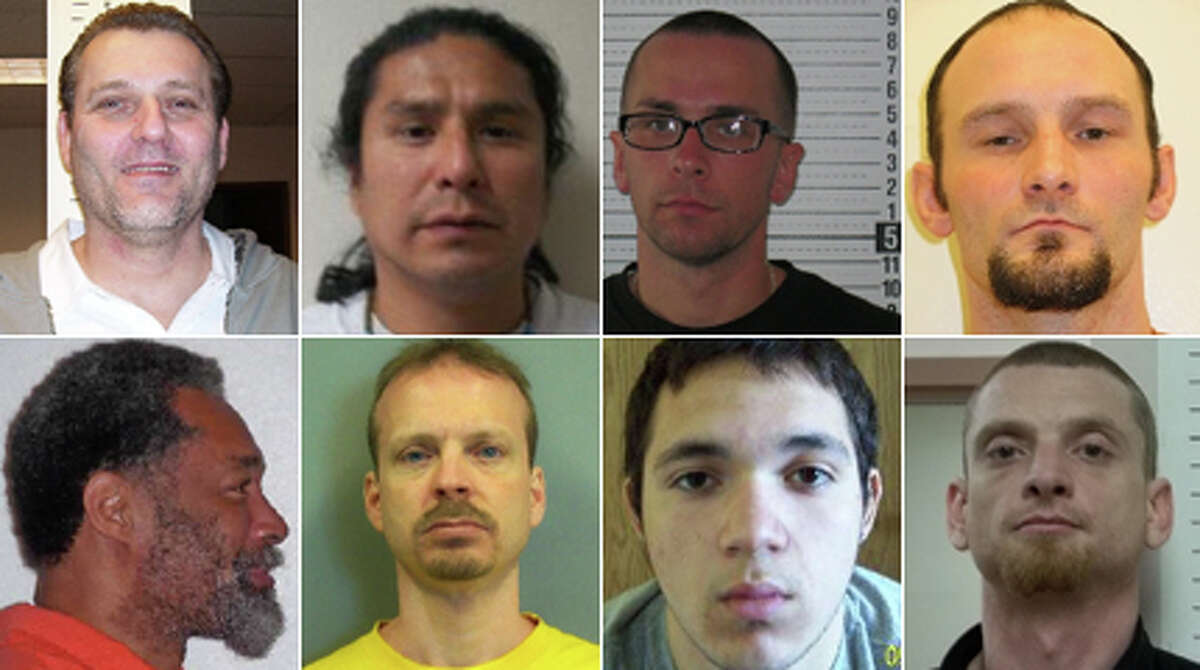 The Washington Department of Corrections is looking for dozens of violent felons and sex offenders who aren't keeping up with the conditions of their release. Take a look at photos of the state's most wanted fugitives.