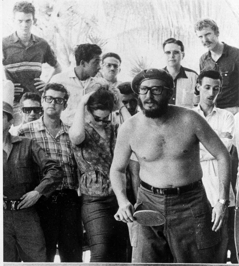 Later that day, Fidel strips down and gets serious. Photo: JOHN SALTER, ASSOCIATED PRESS / AP1963
