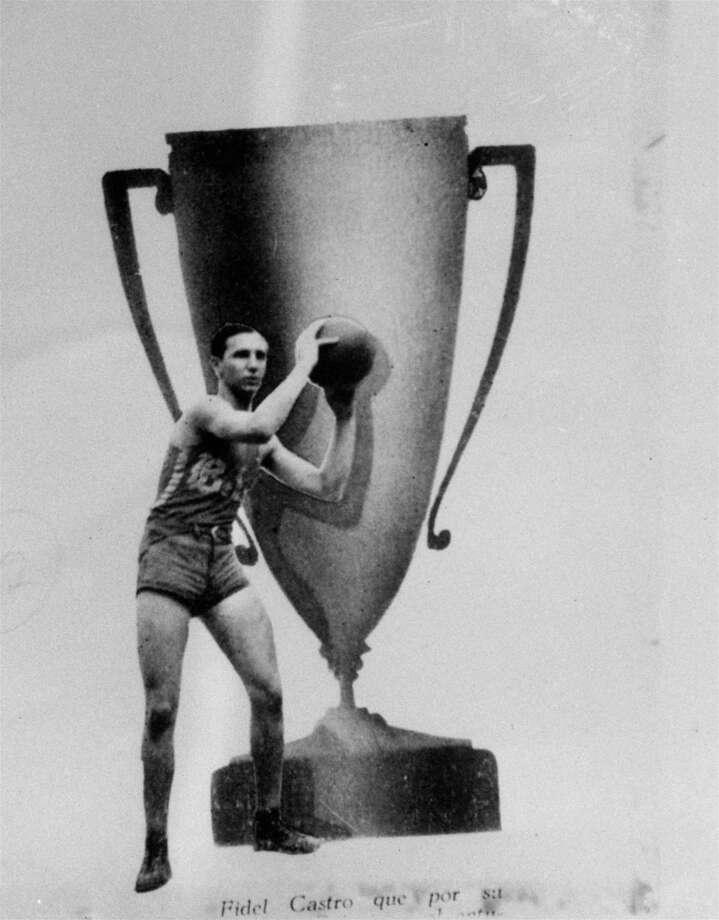 Fidel was a jock in high school — he was chosen as the best athlete of Belen High School in 1945. Photo: Anonymous, ASSOCIATED PRESS / AP1945