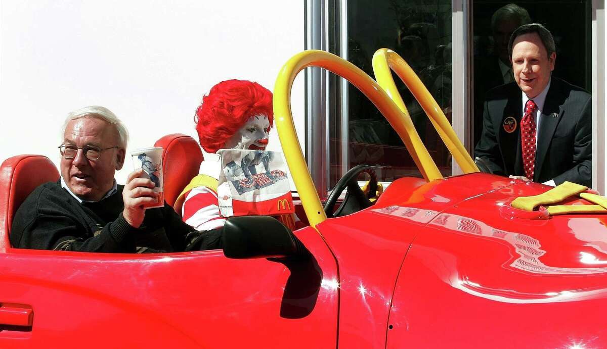 McDonald's: Ronald needs to Mc-hurry it up a bit. He's ahead of the King at 188.83 seconds (3 minutes, 9 seconds), but lagging behind the fastest fast-food joint by almost a minute.  The accuracy rate was 90.9 percent.