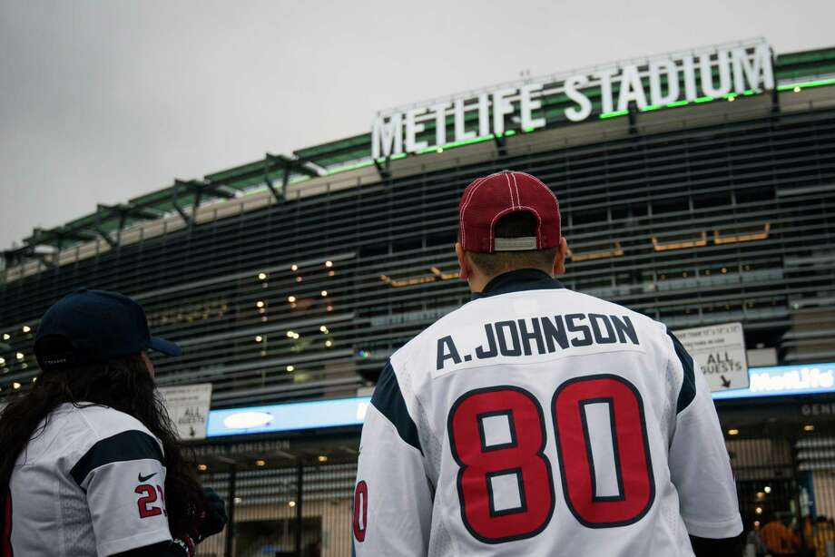 Houston Texans wait for the gates to open before the Texans game against the New York Jets on Monday Night Football at MetLife Stadium on Monday, Oct. 8, 2012, in East Rutherford. Photo: Smiley N. Pool, Houston Chronicle / © 2012  Houston Chronicle