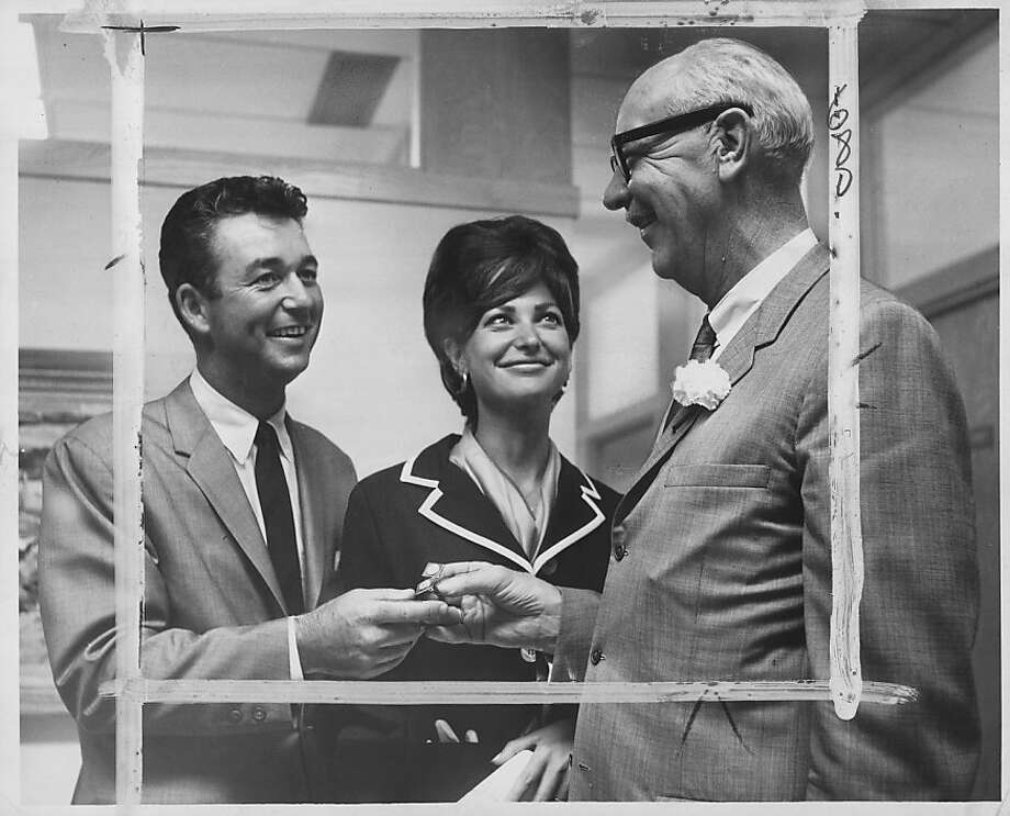 Ken Venturi, Conni Venturi (his wife) and San Francisco Mayor John Shelley on July 27, 1964, after Venturi won the U.S. Open at Congressional in June 1964.
