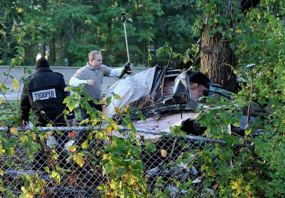 Police: Car sliced in half in NY accident