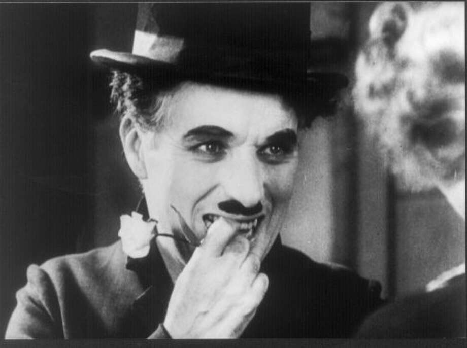Charlie Chaplin in CITY LIGHTS. (shogun)