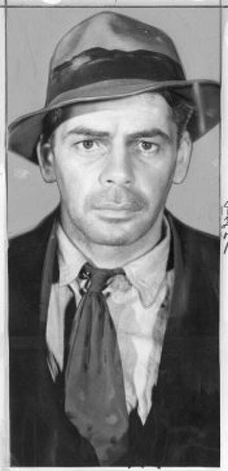 "Paul Muni in "" I am a fugitive from a chain gang  (amarantha 13)"