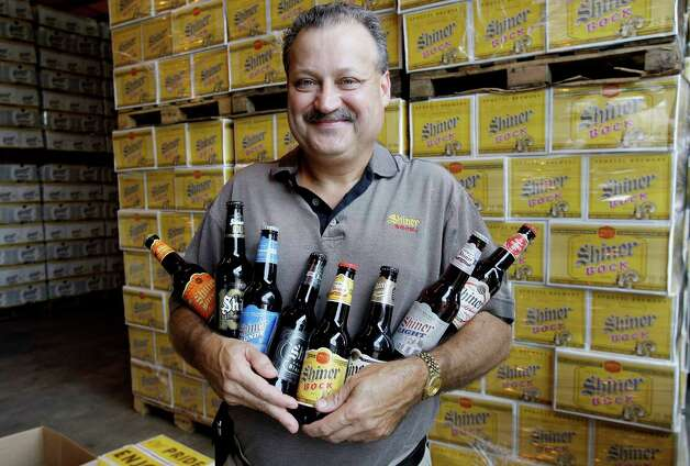 Brewmaster Jimmy Mauric holds samples of the Shiner beers produced at Spoeltz Brewery in Shiner, Texas, Thursday, June 25, 2009. The brewery is celebrating 100 years of brewing beer. Photo: Eric Gay, AP / AP