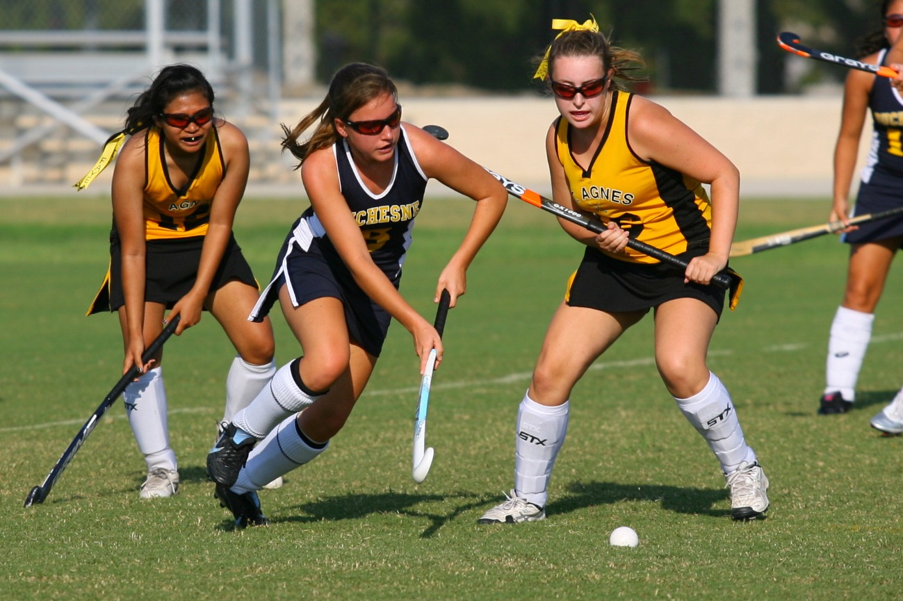 field hockey  duchesne builds camaraderie  winning r u00e9sum u00e9