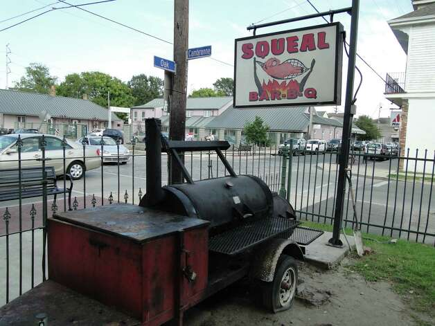 Squeal Bar-B-Q is a hidden gem on Oak Street in New Orleans. Photo: Tracy Hobson Lehmann, San Antonio Express-News