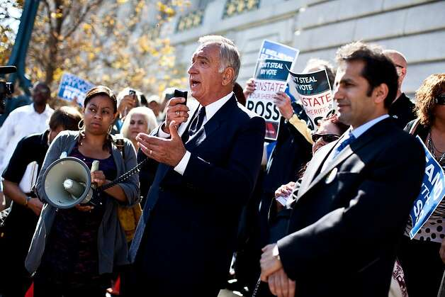 Former Mayor Art Agnos speaks on behalf of former Sheriff Ross Mirkarimi at a rally on the steps of City Hall before Mirkarimi's hearing with the Board of Supervisors in San Francisco, Calif., Tuesday, October 9, 2012. Photo: Jason Henry, Special To The Chronicle