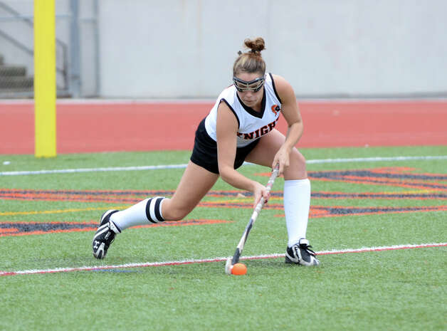 Stamford's Sam Jaykus (8) sets up a penalty shot during the field hockey game against Danbury at Stamford High School on Tuesday, Oct. 9, 2012. Photo: Amy Mortensen / Connecticut Post Freelance