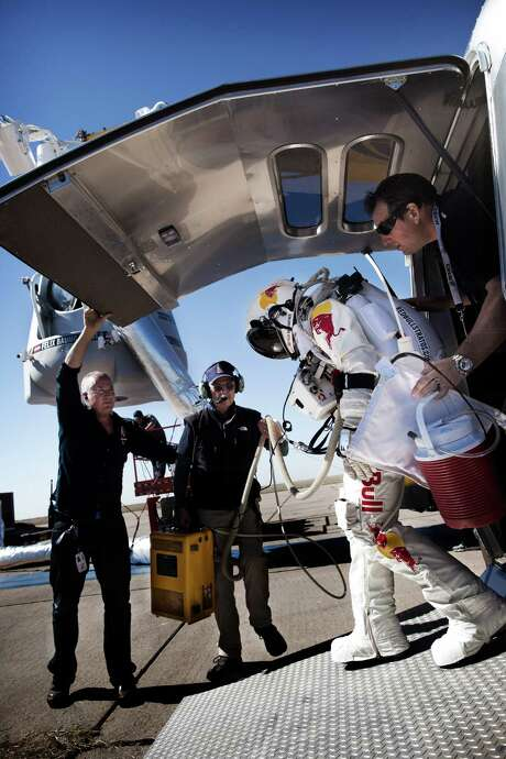 "This picture provided by www.redbullcontentpool.com shows pilot Felix Baumgartner of Austria stepping out of his trailer before the scheduled take off of Red Bull Stratos in Roswell, New Mexico, on October 9, 2012. The Austrian daredevil's attempt to make an unprecedented leap from the edge of space was aborted moments before the planned launch due to gusty winds, organizers said. Baumgartner was already installed in the pressurized capsule, and a five-minute countdown was started, but as it got down to zero it became clear that conditions were too windy.      AFP PHOTO/www.redbullcontentpool.com/Joerg MITTER/HO     ++RESTRICTED TO EDITORIAL USE - MANDATORY CREDIT ""AFP PHOTO / www.redbullcontentpool.com / Joerg Mitter "" - NO MARKETING NO ADVERTISING CAMPAIGNS - DISTRIBUTED AS A SERVICE TO CLIENTS = ONE-TIME PUBLICATION = IMAGE MUST NOT BE ALTERED OR MODIFIED++Joerg Mitter/AFP/GettyImages Photo: JOERG MITTER / Free image for editorial usage only: Photo by Balazs Gardi for Red Bull Content Pool  FOR EDITORIAL USE ONLY. NOT FOR SALE, FOR"