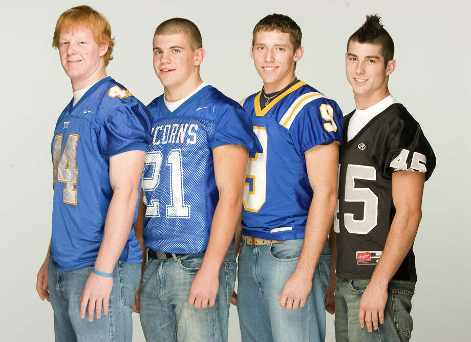All-Area sub-5A football players Kyle Prater (from left), Tom Wort, Ross McCormick and Shawn O'Leary photographed Wednesday night, Dec. 12, 2007, in the Express-News photo studio. Photo: William Luther, San Antonio Express-News / SAN ANTONIO EXPRESS-NEWS