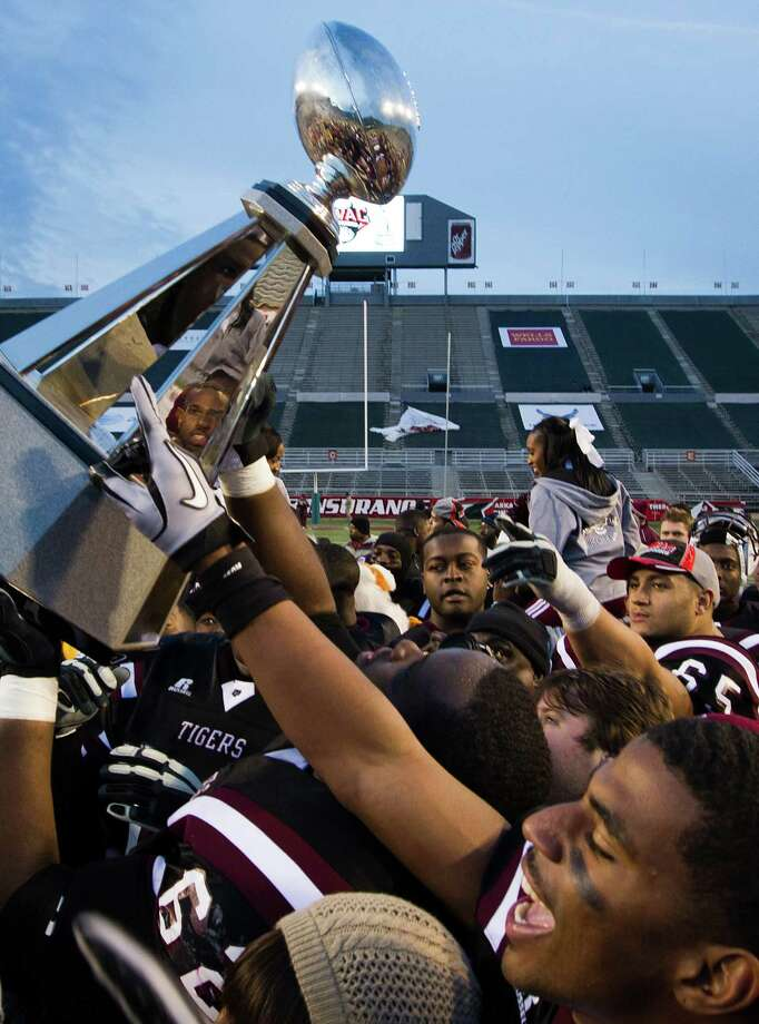 The sanctions handed down by the NCAA on Tuesday cost TSU the SWAC football title it won in 2010. Photo: Smiley N. Pool / Houston Chronicle