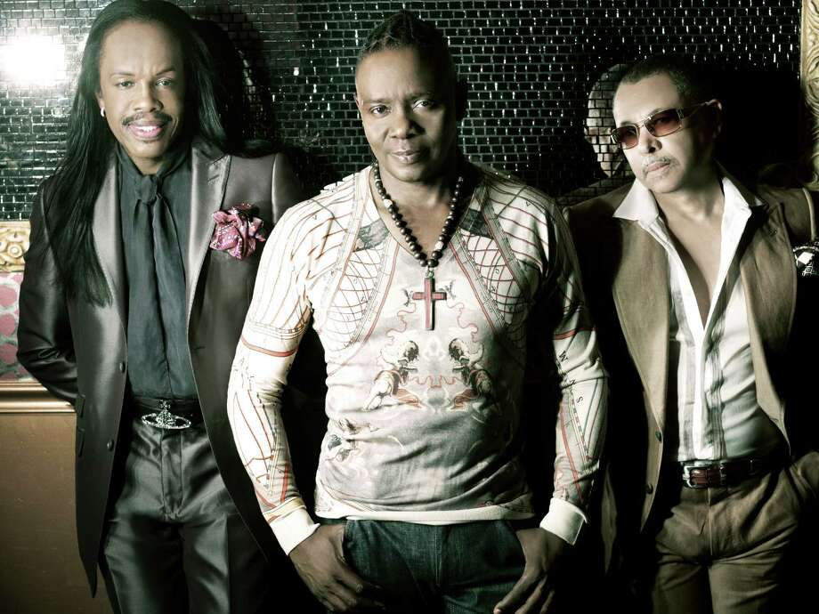 Earth, Wind & Fire will perform at the Multiple Myeloma Research FoundationâÄôs 15th annual Fall Gala, Oct. 27, in Greenwich. The event, which will also feature a performance from Jennifer Hudson, will honor Clive Davis. Photo: Contributed Photo