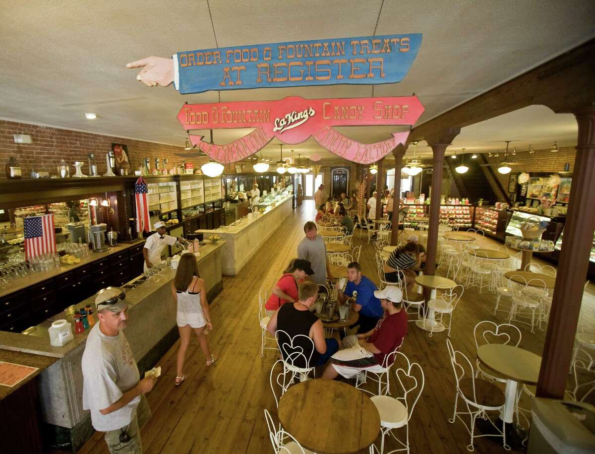 This classic '50s-style soda fountain has actually been around since 1920. They havedelectable truffles, decadent milkshakes andother treats to spoil your sweet tooth.