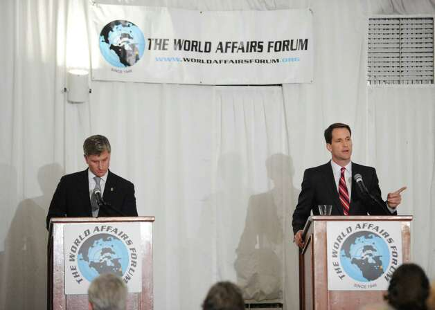 The World Affairs Forum debate between Steve Obsitnik, left, the Republican challenger, and incumbent U.S. Rep. Jim Himes, D-Conn., 4th District, at Hyatt Regency Greenwich, Wednesday night, Oct. 10, 2012. Photo: Bob Luckey / Greenwich Time
