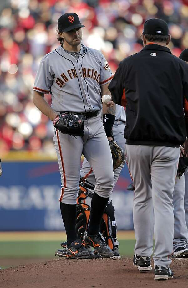Giants starter Barry Zito lasted just 22/3 innings, but it barely mattered thanks to Tim Lincecum's 41/3-inning relief stint. Photo: Michael Macor, The Chronicle