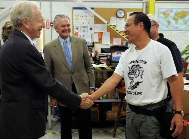 Senator Joseph Lieberman gets a tour of AmeriCares in Stamford on Wednesday, October 10, 2012. Photo: Lindsay Niegelberg / Stamford Advocate