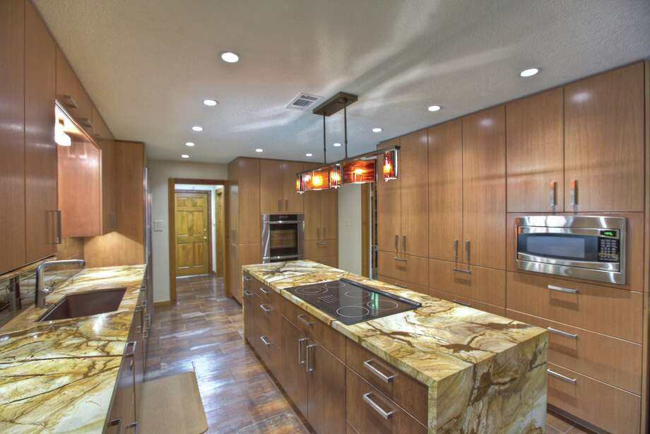This contemporary kitchen was remodeled by Houston Remodelers Council member Gil Boyles, president of GB General Contractors Inc. The kitchen was designed by Peggy Fuller with By Design Interiors.