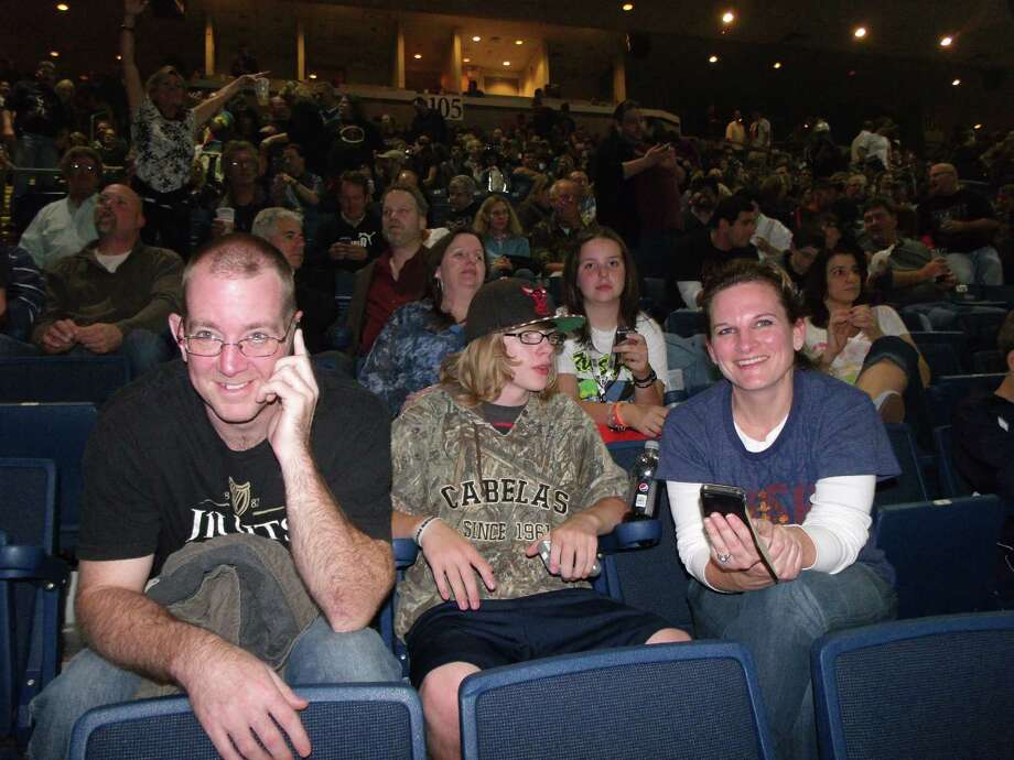 Were you SEEN at the Rush concert in Bridgeport? Photo: Todd Tracy / Connecticut Post