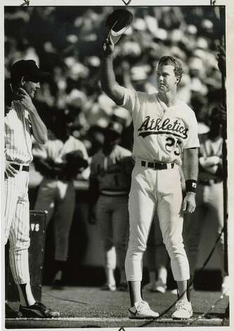 Mark McGwire, 1987 American League Rookie of the Year. Photo: Michael Maloney, San Francisco Chronicle File Pho