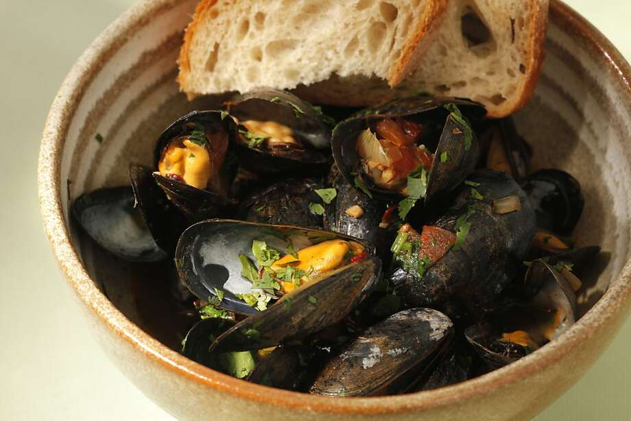 Moules With Ancho Chilies Photo: Craig Lee, Special To The Chronicle