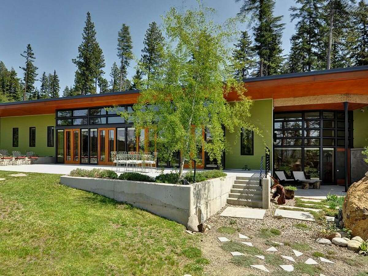 Want to get away from the city, but not contemporary style? Check out this home for sale, 231 Indigo Lane, in Roslyn. Architect Rick Mohler designed the 3,412-square-foot house, built in 2007. It has two bedrooms, 2.25 bathrooms, heated concrete floors, high ceilings, an open floor plan, a family room, walls of glass, patios and a three-car garage on a 3-acre lot with views of the Cascade mountains. It's listed for $1.495 million.