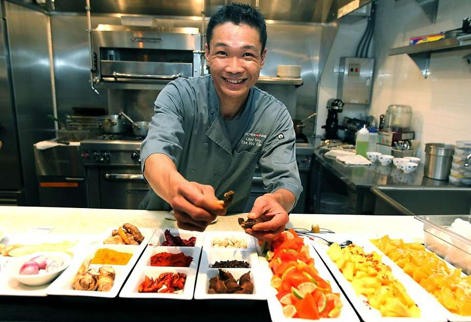 Shy Leong prepares Malaysian dishes at the Guest Chef in Oakland, where he cooked during the summer. Photo: Lance Iversen, The Chronicle