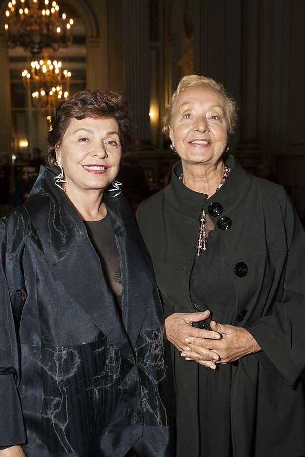 Opera sponsor Maria Manetti Shrem, who last year gave $3 million to the opera with Jan Shrem, with her sister Laura Manetti from Florence. Photo: Drew Altizer Photography