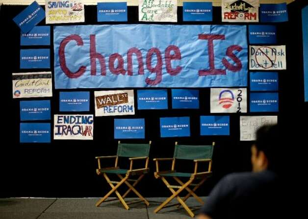 The spin corner for President Barack Obama's campaign is seen in the spin room of the media center ahead of the vice presidential debate with Republican vice presidential candidate, Rep. Paul Ryan, R-Wis., and Vice President Joe Biden, Thursday, Oct. 11, 2012, at Centre College in Danville, Ky. (AP Photo/David Goldman) (ASSOCIATED PRESS)