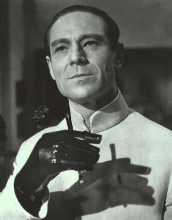 "Joseph Wiseman in, ""Dr. No"" in 1962. (mmms) (NYT)"