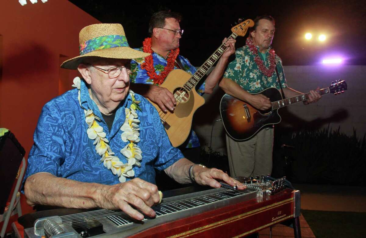 (For the Chronicle/Gary Fountain, October 4, 2012) Herb Remington, from left, Harlan Kubos and Mike Moore performing.